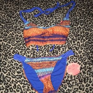 Woman Coral tropics two piece swim suit size small